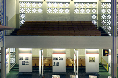 Vormgeving van de tentoonstelling over architect B.T. Boeyinga in de Pniël kerk in Amsterdam.